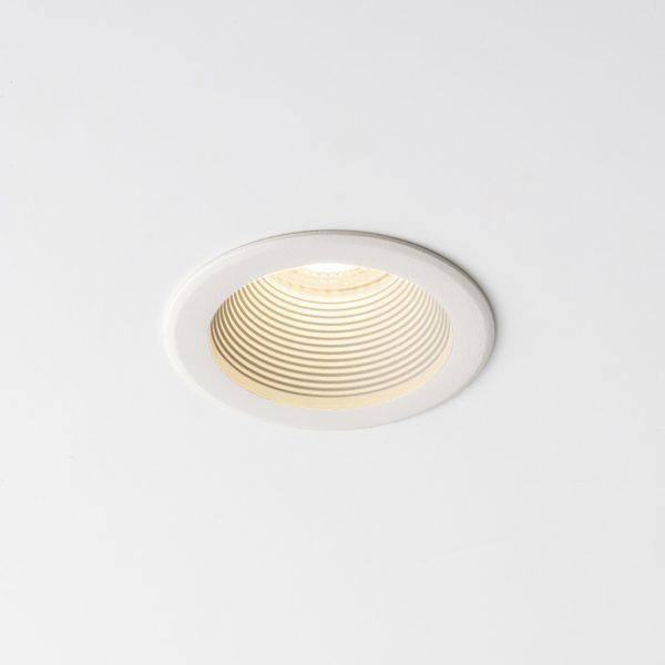 چراغ تو کار سقفی مدل سیبرون Sibron C Mini در حالت روشن شماره
