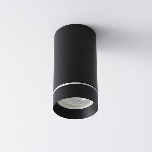 چراغ مدرن روکار سقفی Aro S با بدنه به رنگ مشکی در حالت خاموش