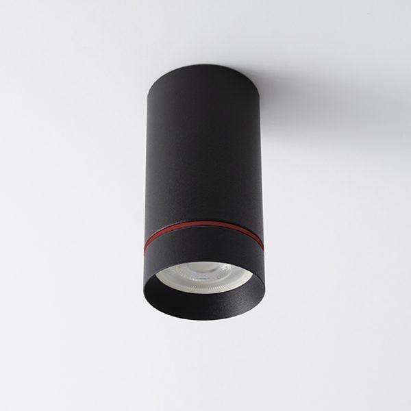 راغ مدرن روکار سقفی Aro S با بدنه به رنگ مشکی با حلقه قرمزدر حالت خاموش